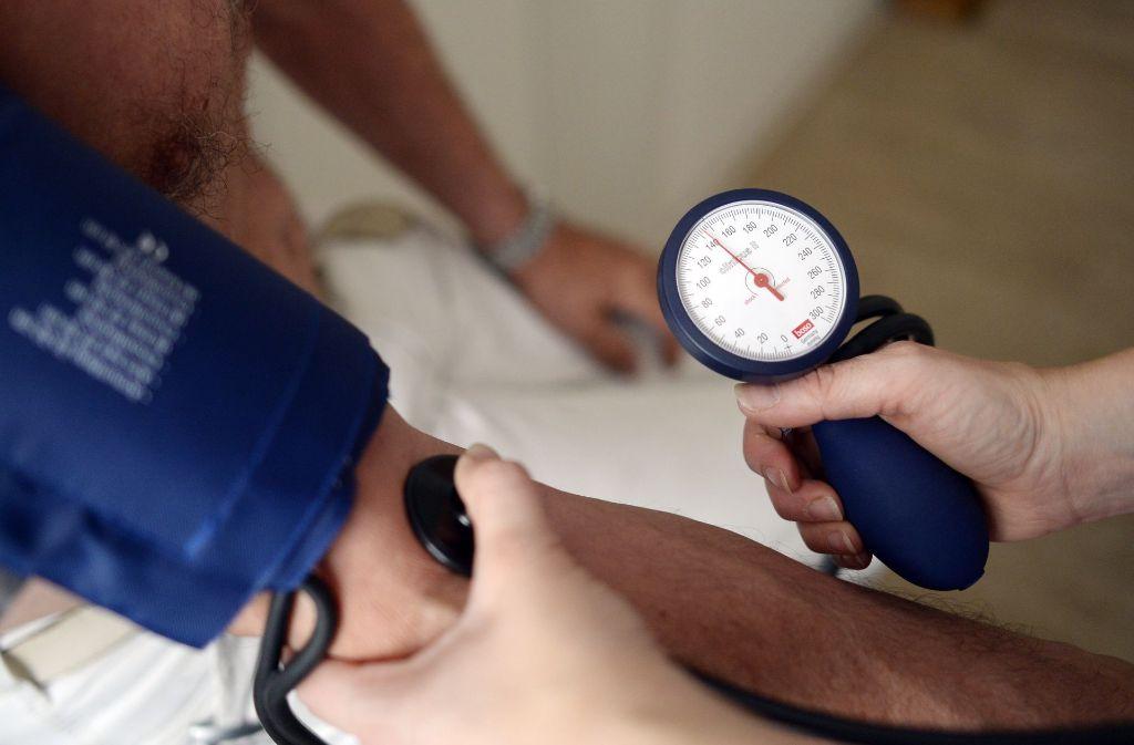 Welcher Blutdruck soll es sein? Experten sind unterschiedlicher Meinung. Foto: dpa
