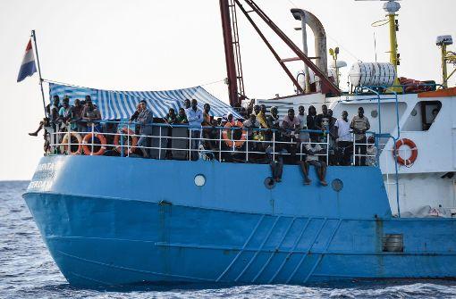 """Italien beschlagnahmt Rettungsschiff von """"Jugend Rettet"""""""