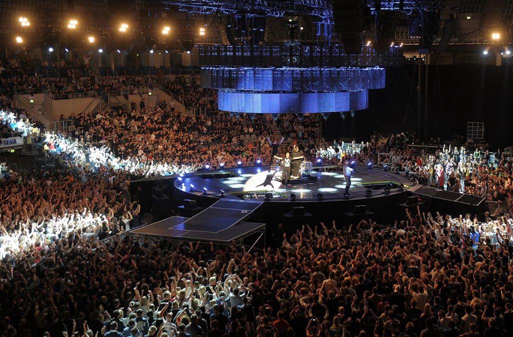 Die Fanta4 traten 2010 in der Multifunktionshalle in Mannheim auf. Bald könnten dort die Handballprofis Europas zu sehen sein. (Archivbild) Foto: dpa/Ronald Wittek