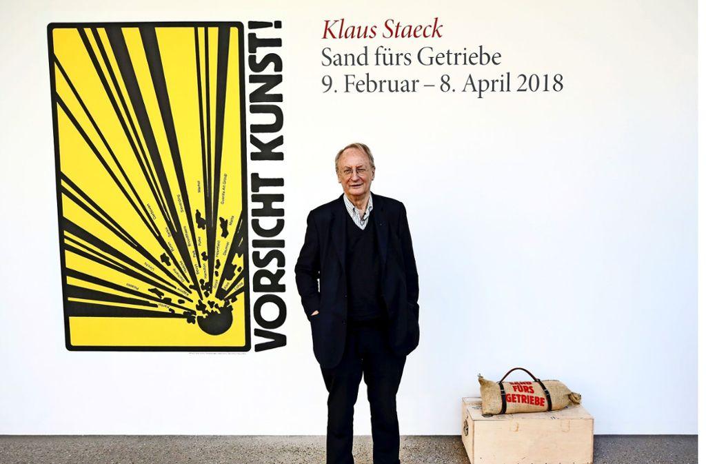 Der Künstler im Essener Folkwang-Museum, das ihm derzeit eine Retrospektive widmet.  Foto:dpa Foto: