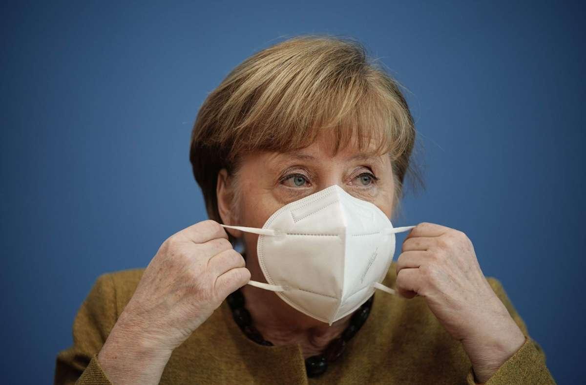 Es seien in Deutschland Schwachstellen und Stärken sichtbar geworden, sagte Angela Merkel am Dienstag beim Online-Treffen des Weltwirtschaftsforums (Archivbild). Foto: AFP/MICHAEL KAPPELER