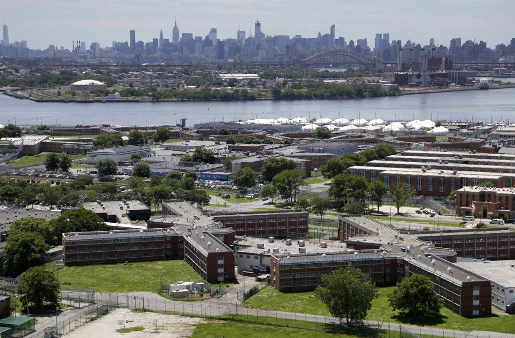 Rikers Island wird geschlossen. Foto: AP/Seth Wenig