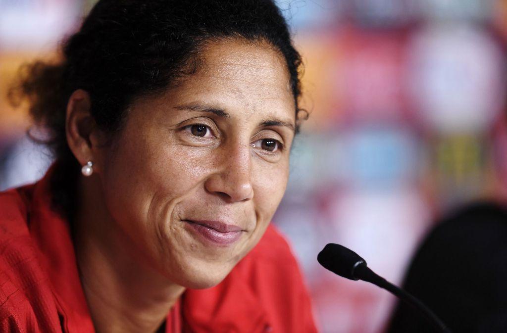Die deutsche Bundestrainerin Steffi Jones strebt bei der EM den Titel an. Foto: