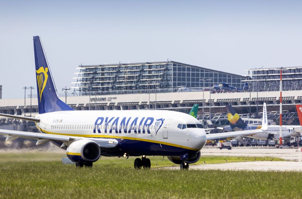 Auch Ryanair gehört zu den Billigfliegern am Flughafen Stuttgart Foto: imago stock&people