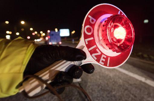 Motorradfahrer aus dem Verkehr gezogen
