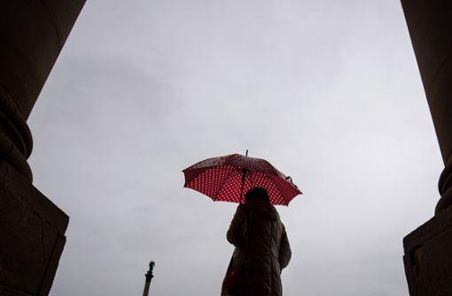 Regen und milde Temperaturen zum Wochenende
