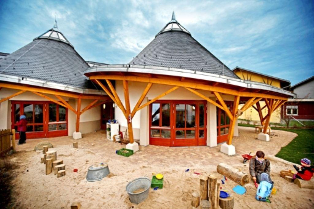 Der  Meisterarchitekt Imre Makovecz hat das Gebäude entworfen. Foto: Stoppel