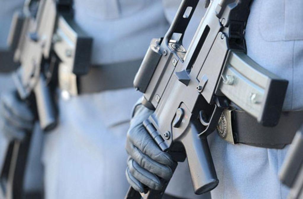 Jetzt ist es amtlich: Die Bundeswehr hat massive Probleme bei der Treffsicherheit ihres Standardgewehrs G36 festgestellt. Foto: dpa