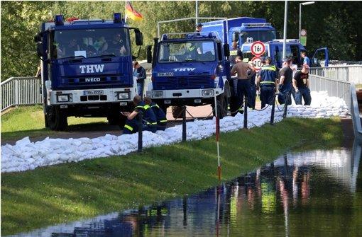 Leonberger im Kampf gegen das Hochwasser