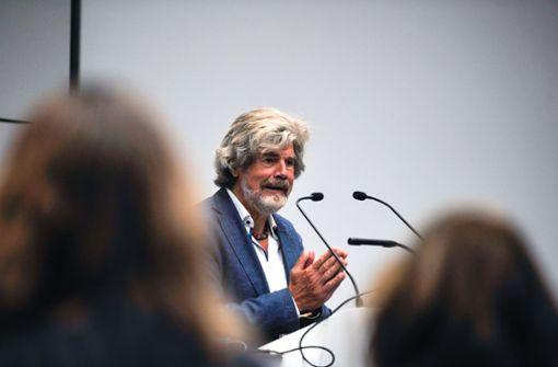 Bergsteigerlegende Reinhold Messner zu Besuch in Stuttgart