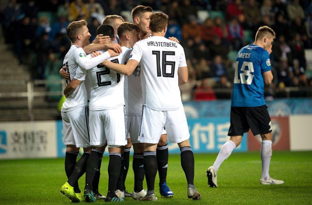 Dank zweier Duseltreffer und einem Joker-Tor schafft die Nationalmannschaft ein 3:0-Sieg gegen Estland. Foto: dpa/Federico Gambarini