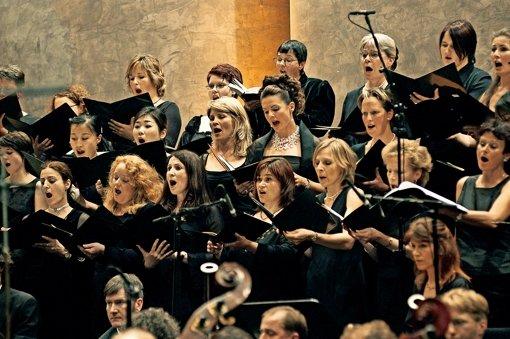 Schlossfestspiele lösen Chor auf