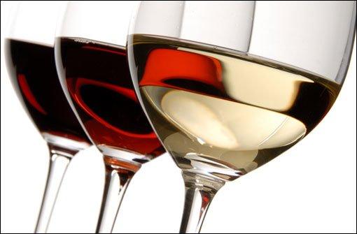 Wein im Sommer kühler servieren