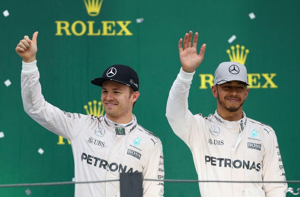 Am Sonntag jubelt nur einer: Nico Rosberg (links) oder Lewis Hamilton. Foto: Getty