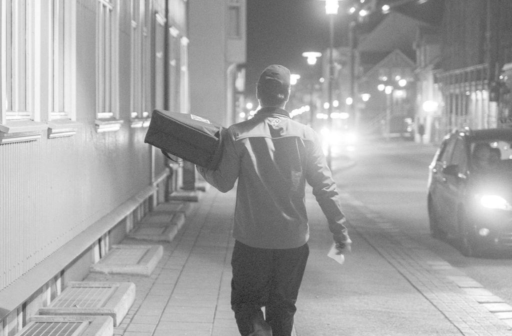 Ein Pizzabote ist in der Nacht in Stuttgart überfallen worden. (Symbolbild) Foto: imago/Seeliger/snapshot-photography/ T.Seeliger