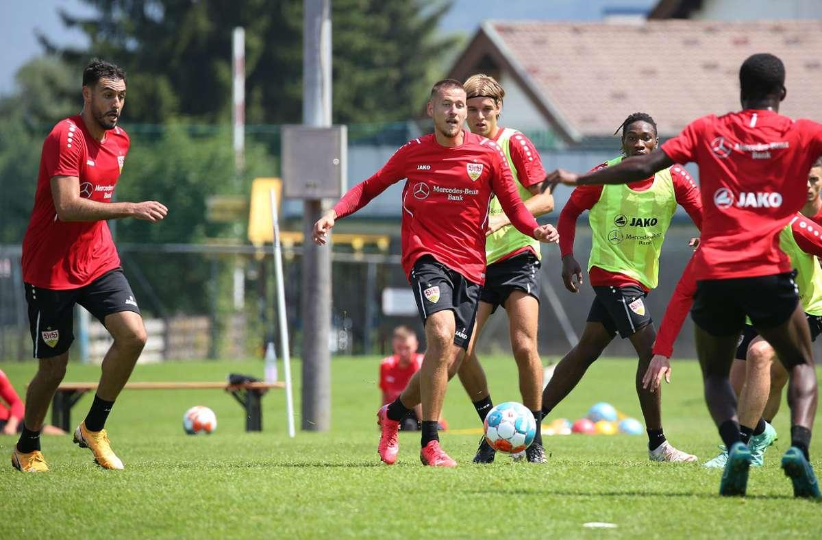 Voller Einsatz bei den Profis des VfB Stuttgart in Kitzbühel. Foto: Pressefoto Baumann/Alexander Keppler