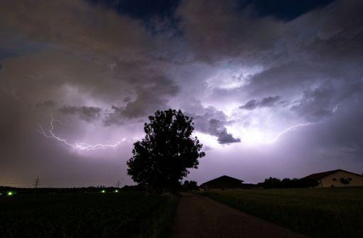 Deutscher Wetterdienst warnt vor extremen Gewittern