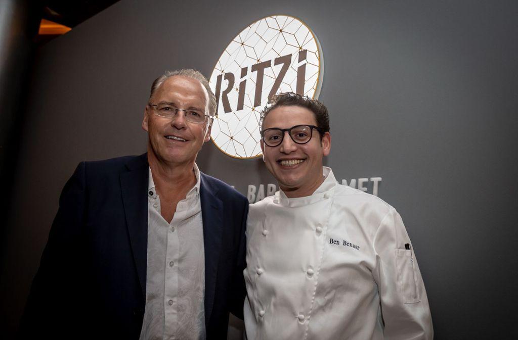 Sie sind die Chefs vom Ritzi: Werner Braun (links) ist als Vertreter der Investoren fürs Finanzielle zuständig,   Spitzenkoch Ben Benasr will kulinarische Grenzen überwinden. Foto: Lichtgut/Julian Rettig