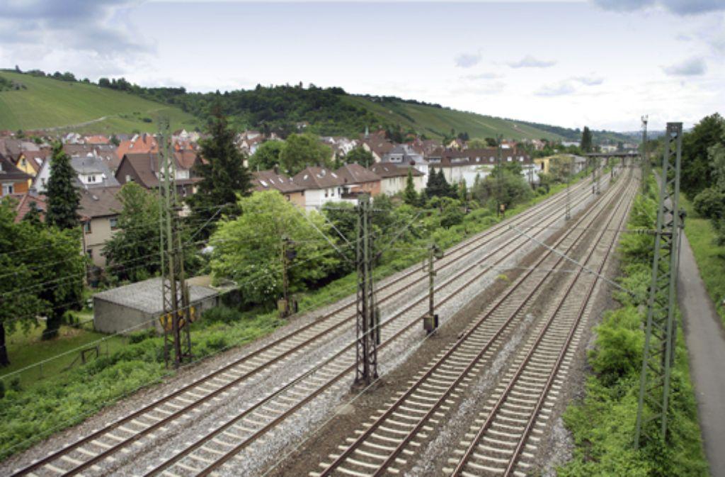 Beim Imweg in Obertürkheim werden zwei neue Gleise gebaut. Foto: Zweygarth