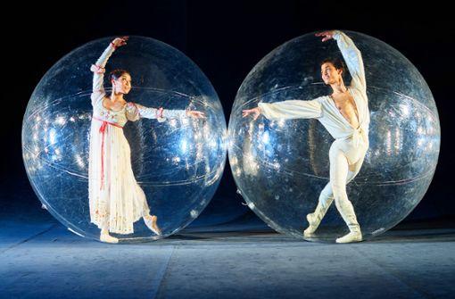 Balletttänzer gefangen in der Blase