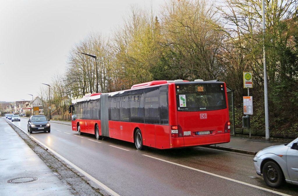 Busfahrer des Unternehmens FMO sprechen hinter vorgehaltener Hand von  Schichten  bis zu dreizehn Stunden. Foto: Malte Klein