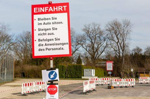 """Erste """"Drive-In""""-Teststationen gehen im Kreis Esslingen in Betrieb"""