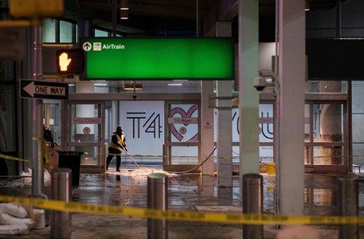 Überschwemmung in New Yorker Airport-Terminal