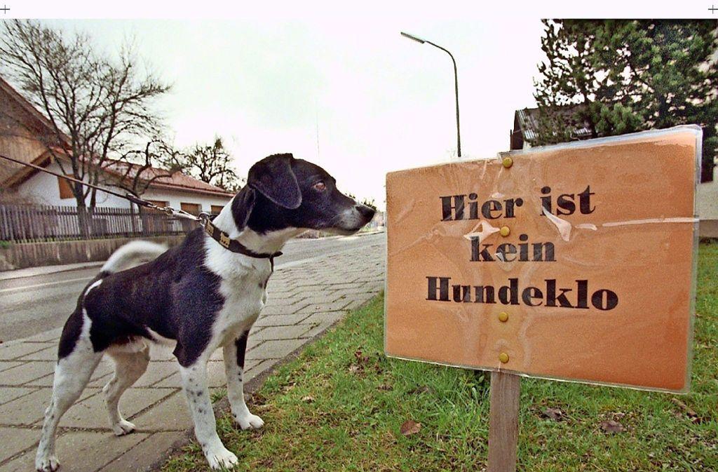 Ob Fiffi weiß, was gemeint ist? Zumindest Frauchen oder Herrchen sollten es wissen und entsprechend handeln, findet Markus Mohn aus Stuttgart-Vaihingen. Foto: dpa