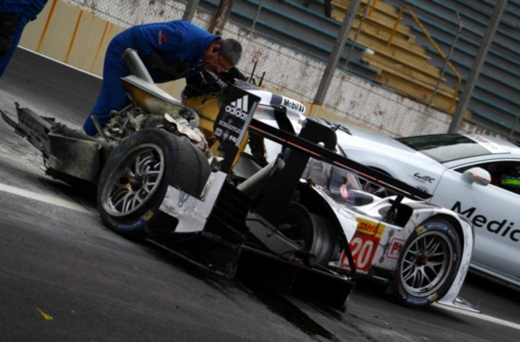 Mark Webber war beim Rennen der Sportwagen-WM am Sonntag schwer verunglückt.  Foto: dpa