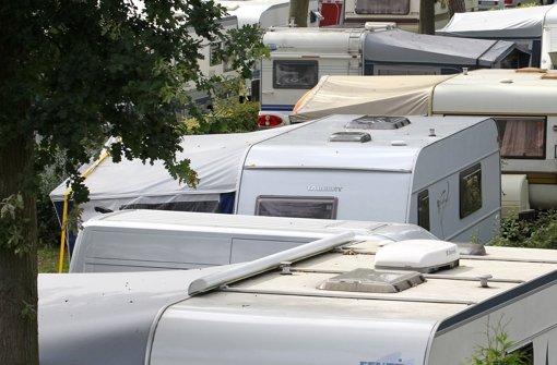 Müder Täter bricht Wohnwagen auf