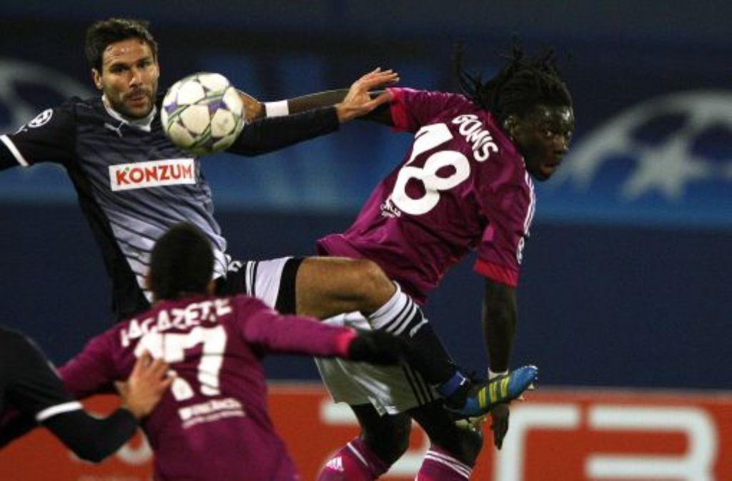 Die Spieler von Olympique Lyon (hier in den roten Trikots) hat sich überraschend deutlich mit 7:1 in Zagreb durchgesetzt. Foto: dpa