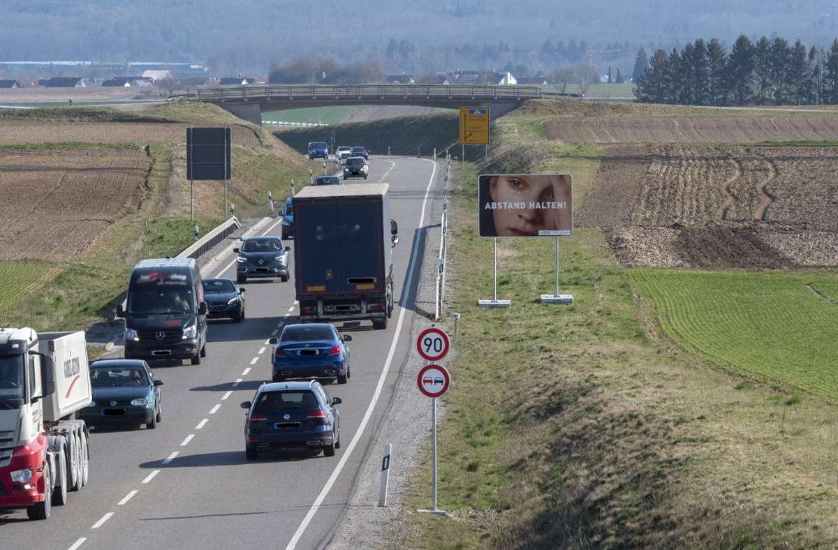 Für viele Autofahrer im Kreis eine Hauptachse: die B 464, die nun seit gefühlt ewigen Zeiten gesperrt ist. Foto: Archiv factum/Andreas Weise