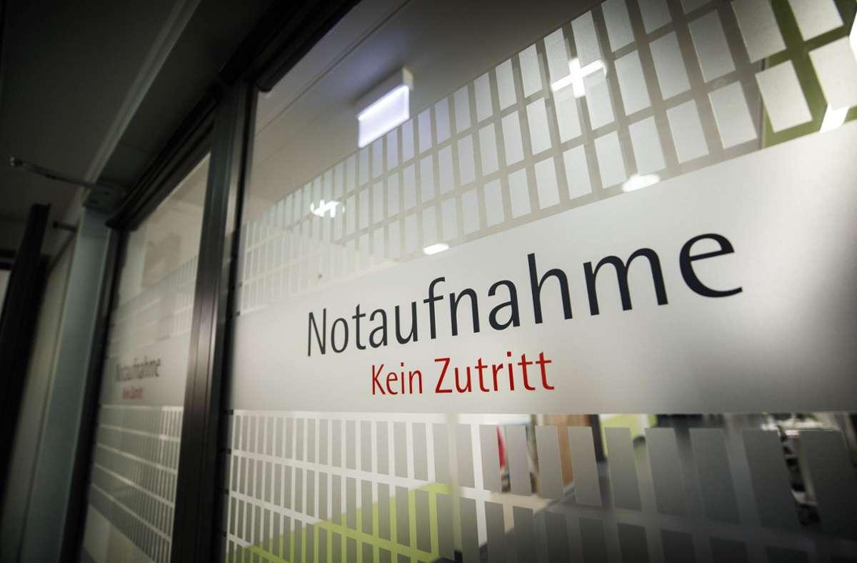 Nicht nur in der Notaufnahme gilt in den Rems-Murr-Kliniken von Montag an für die meisten Besucher erst einmal wieder: Kein Zutritt. Foto: Gottfried Stoppel