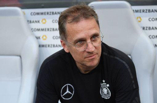 Das ist der Arzt, der die Bundesliga retten soll