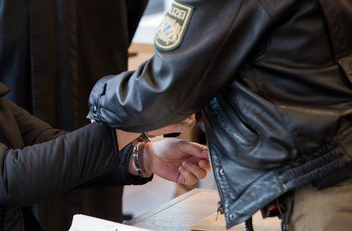 46-jährige Supermarkt-Räuberin steht vor Gericht