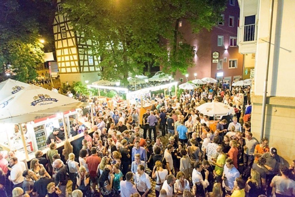 Das Bohnenviertelfest in Stuttgart war zum Start gut besucht, wenn auch nicht überfüllt.  Foto: www.7aktuell.de | Oskar Eyb