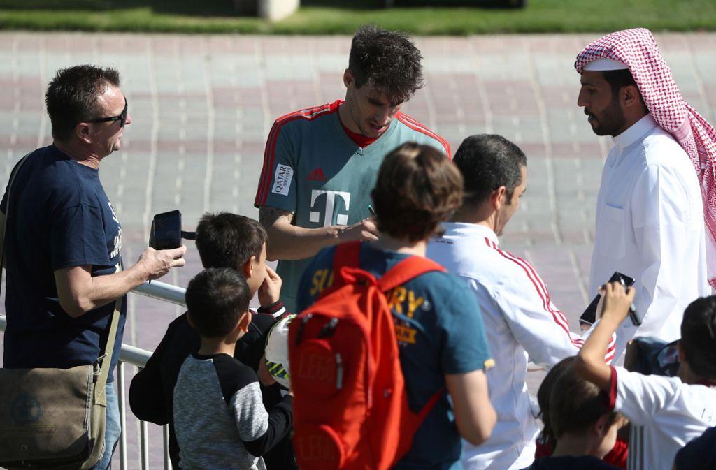 Derzeit befindet sich der FC Bayern bei einem Trainingslager in Qatar. Foto: AFP