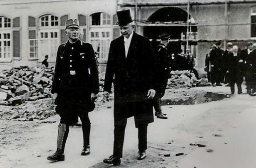 Ein ehemaliger SS-Offizier als Unirektor