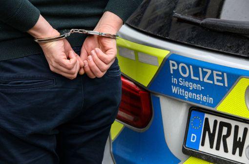 Erst Hausverbot in Bar, später Polizeigewahrsam