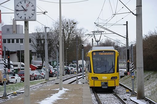 Neue Stadtbahn auf Testfahrt