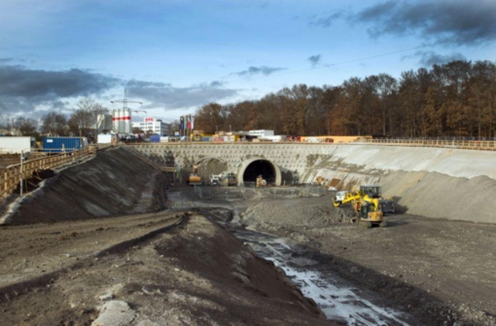 Der Abschnitt von Stuttgart 21, der sich an das Portal des Fildertunnels anschließt, geht nun in die Genehmigungsphase. Kritiker erheben Einwände. Weitere Informationen zum Filderdialog finden Sie in unserer Bildergalerie. Foto: Christian Hass