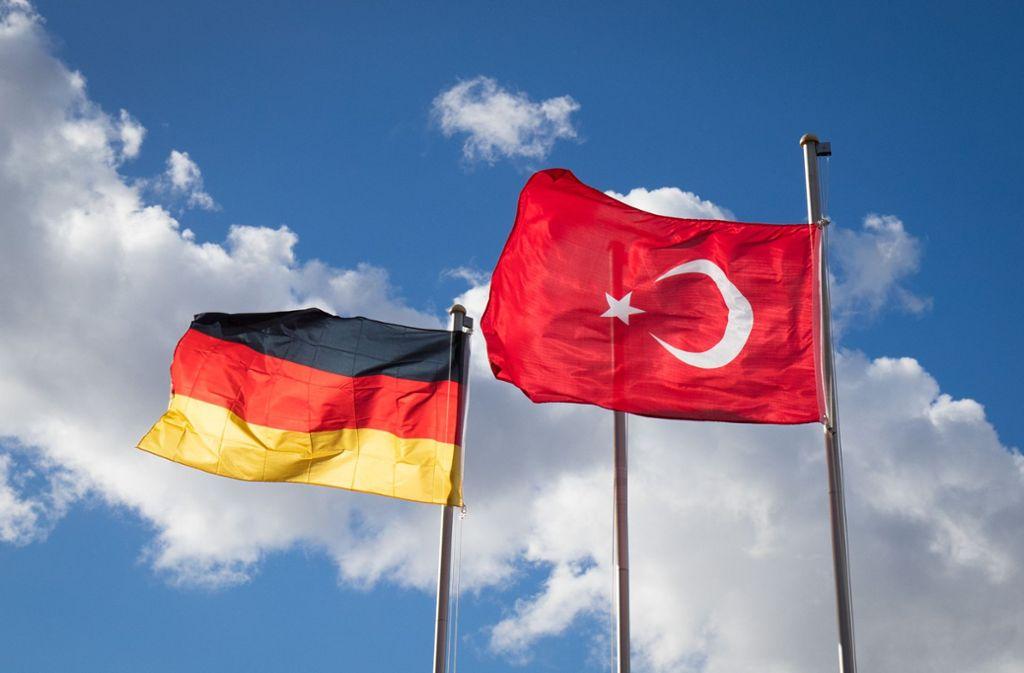 Das Auswärtige Amt rät zur Vorsicht, wenn es um das Teilen und Liken von türkeikritischen Beiträgen in sozialen Medien geht. Foto: dpa