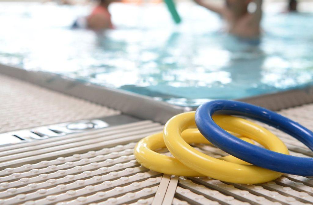 In einem Freizeitbad im Rhein-Neckar-Kreis soll es zu sexuellem Missbrauch gekommen sein. Foto: dpa