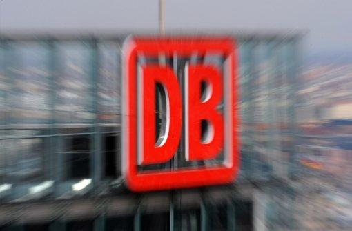 Die S-21-Projektpartner verhandeln am Freitag im Bahn-Tower über den Filderhalt. Foto: dpa