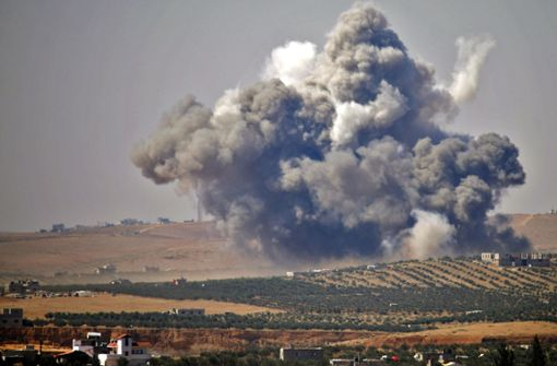 Aktivisten: Hunderte Raketen und Fassbomben gehen im Süden nieder