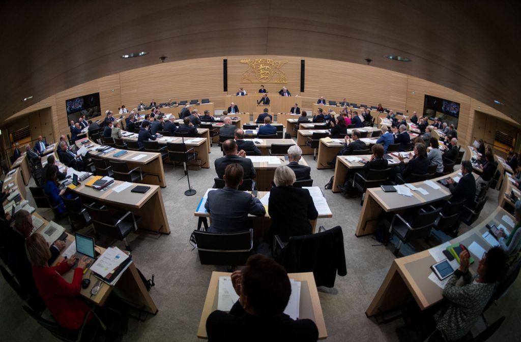 Mit 143 Abgeordneten ist der Landtag von Baden-Württemberg so groß wie nie Foto: dpa
