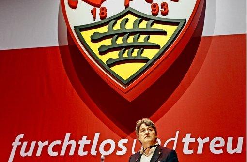 Der VfB-Präsident Bernd Wahler muss sich einiges an Kritik anhören. Foto: Baumann