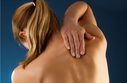 Mediziner setzen den Schmerz unter Strom