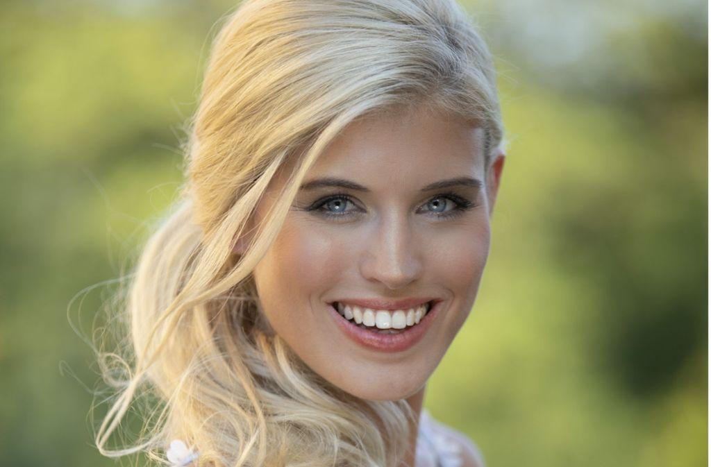 """Die 25-jährige Stuttgarterin Célin Willers fährt im Dezember zur """"Miss Universe""""-Wahl nach Bangkok. Foto: Miss Universe Germany"""