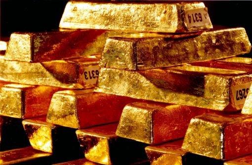 22.11.: Rentner gibt falscher Nichte Geld und Gold